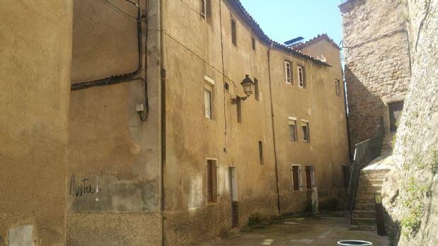 Piso en venta en Gironella, Barcelona, Calle Baixada del Castell, 66.410 €, 3 habitaciones, 1 baño, 116 m2