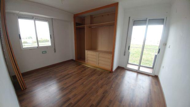 Piso en venta en Valencia, Valencia, Calle Alexandre Laborda, 64.000 €, 2 habitaciones, 1 baño, 72,54 m2