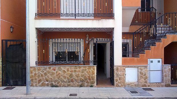 Piso en venta en Orihuela, Alicante, Calle los Campirulos, 46.000 €, 3 habitaciones, 1 baño, 68,39 m2