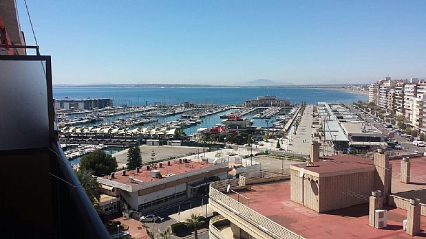 Piso en venta en Santa Pola, Alicante, Calle Marques de Molins, 175.000 €, 3 habitaciones, 1 baño, 106 m2