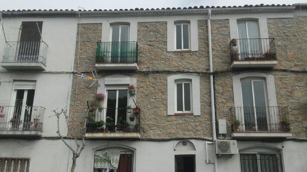 Piso en venta en Castellbell I El Vilar, Barcelona, Calle Joaquim Borràs, 78.000 €, 3 habitaciones, 1 baño, 77 m2