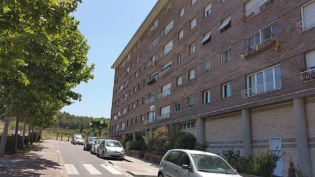 Piso en venta en Artés, Barcelona, Carretera Sabadell, 59.900 €, 4 habitaciones, 1 baño, 131 m2
