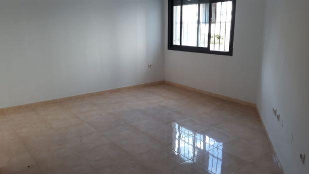 Piso en venta en El Rinconcillo, Algeciras, Cádiz, Calle Susana Marcos  (urbaniz.bahía del Rosario Fase Iii, 67.000 €, 2 habitaciones, 1 baño, 67 m2