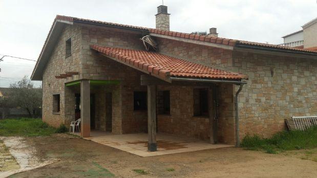 Casa en alquiler en Castellnou de Bages, Barcelona, Calle Ermita, 1.050 €, 3 habitaciones, 2 baños, 228 m2