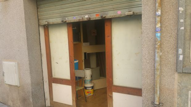 Local en alquiler en Terrassa, Barcelona, Calle Sant Honorat, 700 €, 125 m2