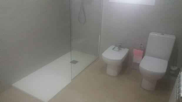Piso en venta en Terrassa, Barcelona, Calle Xuquer, 110.000 €, 3 habitaciones, 1 baño, 100 m2