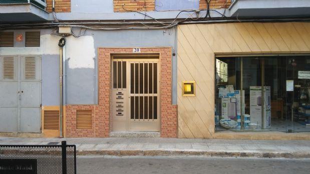 Piso en venta en Oliva, Valencia, Calle Pintor Josep Segrelles, 48.900 €