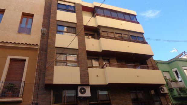 Piso en venta en Carolinas Bajas, Alicante/alacant, Alicante, Calle San Carlos, 70.000 €, 3 habitaciones, 1 baño, 75 m2
