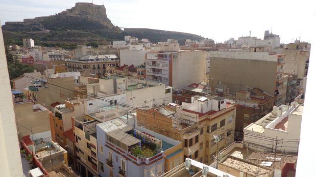 Piso en venta en Mercado, Alicante/alacant, Alicante, Calle Pintor Murillo, 226.000 €, 3 habitaciones, 2 baños, 200 m2