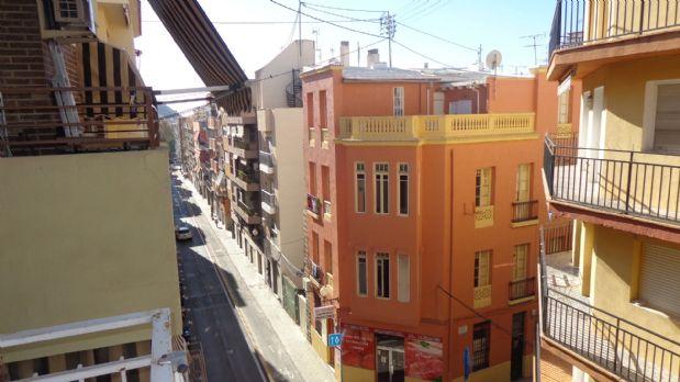 Piso en venta en Carolinas Bajas, Alicante/alacant, Alicante, Calle Sevilla, 59.000 €, 2 habitaciones, 1 baño, 90 m2