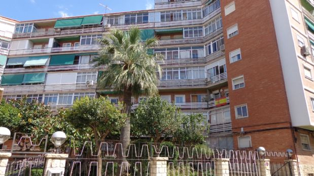 Piso en venta en Plà del Bon Repòs-la Goleta-san Antón, Alicante/alacant, Alicante, Calle Felipe Herrero Arias, 75.000 €, 3 habitaciones, 1 baño, 85 m2