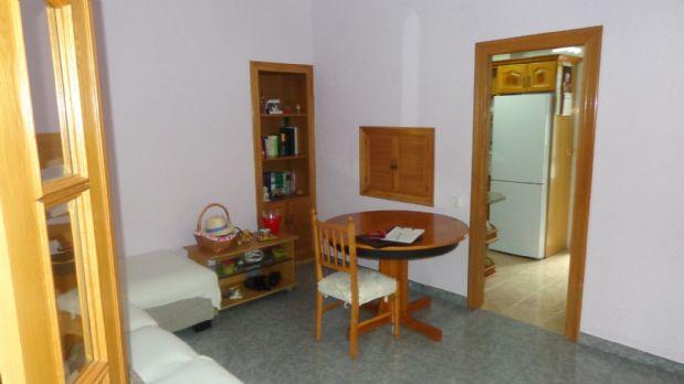 Piso en venta en Carolinas Bajas, Alicante/alacant, Alicante, Calle San Carlos, 72.000 €, 4 habitaciones, 1 baño, 95 m2