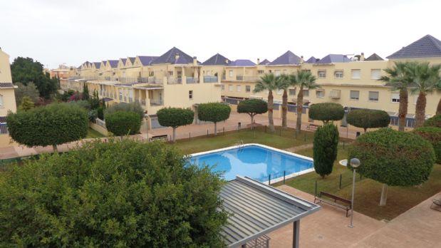 Casa en alquiler en Playa de San Juan-el Cabo, Alicante/alacant, Alicante, Avenida Arquitecto Felix Candela, 1.100 €, 3 habitaciones, 3 baños, 300 m2