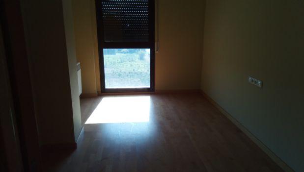 Piso en venta en Piso en Callús, Barcelona, 70.600 €, 2 habitaciones, 2 baños, 66 m2