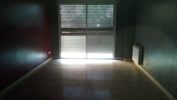 Piso en venta en Artés, Barcelona, Carretera Prats, 59.000 €, 3 habitaciones, 1 baño, 102,56 m2