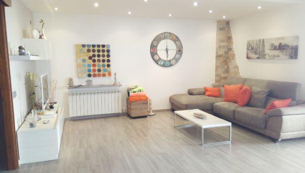 Casa en venta en El Pont de Vilomara I Rocafort, Barcelona, Calle Lleida, 260.000 €, 5 habitaciones, 4 baños, 269 m2