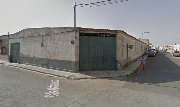 Industrial en venta en Tomelloso, Ciudad Real, Calle Matadero, 150.000 €, 790 m2