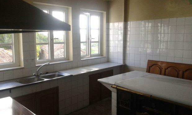 Casa en venta en Chantada, Lugo, Calle San Pedro de Viana, 45.000 €, 3 habitaciones, 1 baño, 127 m2