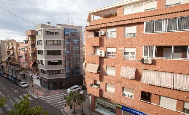 Piso en alquiler en Alicante/alacant, Alicante, Calle Condes Soto Ameno, 545 €, 4 habitaciones, 2 baños, 130 m2