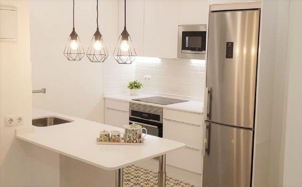 Piso en venta en Poblenou, Barcelona, Barcelona, Calle Pallars, 410.000 €, 3 habitaciones, 1 baño, 81 m2