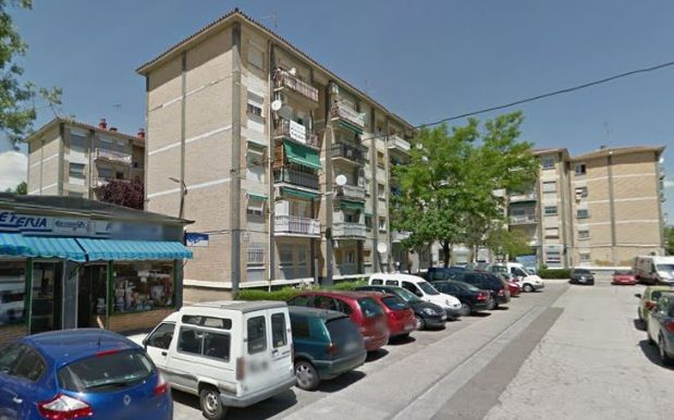Piso en venta en Zaragoza, Zaragoza, Calle Valle de Gistain, 70.000 €, 3 habitaciones, 1 baño, 76,55 m2