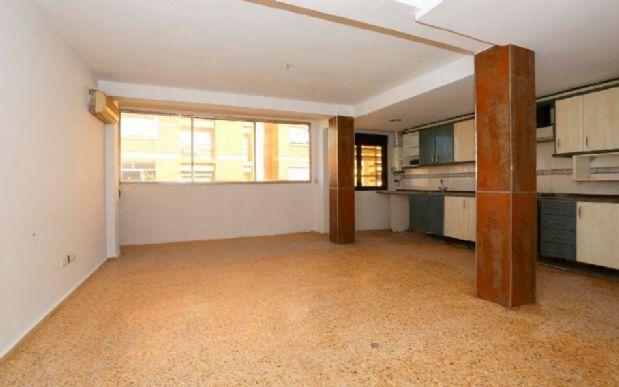 Piso en alquiler en Valencia, Valencia, Calle Poeta Federico Garcia Lorca, 660 €, 3 habitaciones, 1 baño, 100 m2