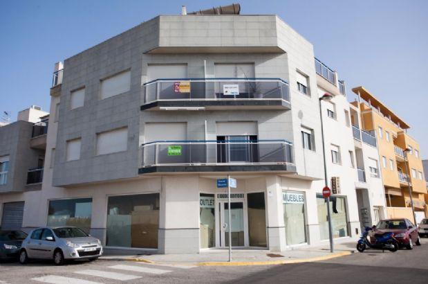 Piso en alquiler en Guardamar de la Safor, Valencia, Carretera Nazaret-guardamar-oliva, 400 €, 2 habitaciones, 1 baño, 68,9 m2