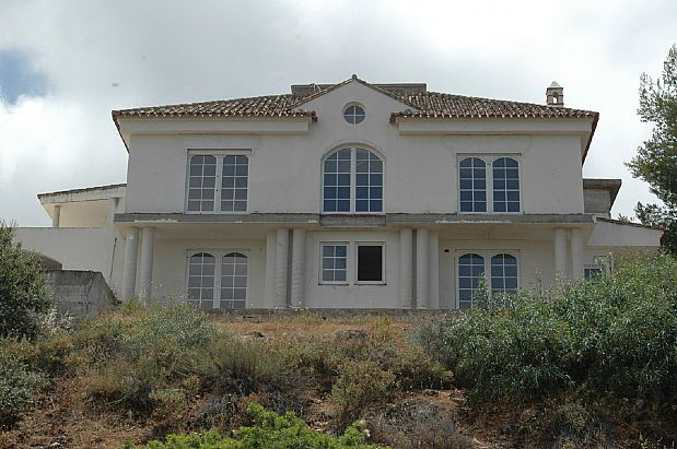 Casa en venta en Casa en Alhaurín El Grande, Málaga, 2.800.000 €, 9 habitaciones, 9 baños, 3965 m2, Garaje