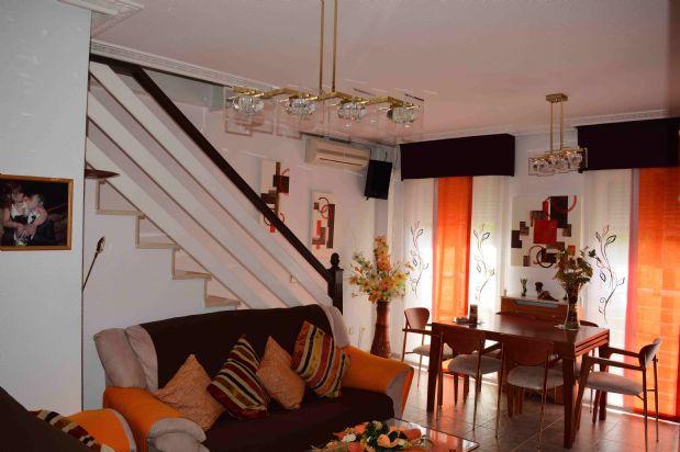 Piso en venta en Loeches, Madrid, Calle Rafael Alberti, 170.900 €, 4 habitaciones, 149 m2