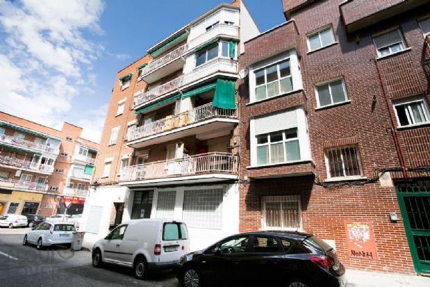 Piso en alquiler en Madrid, Madrid, Calle Juan Pascual, 780 €, 3 habitaciones, 1 baño, 58 m2