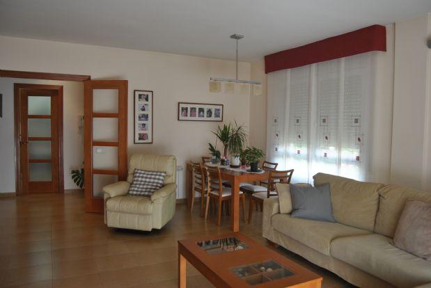 Casa en venta en Collbató, Barcelona, Calle Pompeu Fabra, 300.000 €, 4 habitaciones, 3 baños, 170 m2