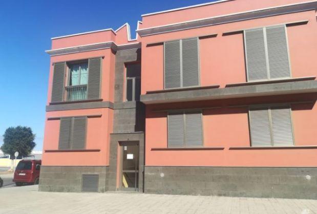 Piso en venta en Agüimes, Las Palmas, Calle Belingo, 84.064 €, 2 habitaciones, 1 baño, 65 m2