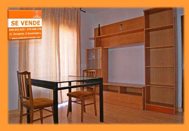 Piso en venta en San Roque - la Concordia, Guadalajara, Guadalajara, Calle Padre Hernando Pecha, 96.000 €, 4 habitaciones, 1 baño, 90 m2