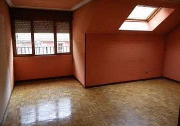 Piso en venta en Aller, Asturias, Calle General, 60.426 €, 3 habitaciones, 2 baños, 102 m2