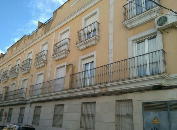 Piso en venta en Tomelloso, Ciudad Real, Calle San Luis, 89.000 €, 3 habitaciones, 2 baños, 108 m2