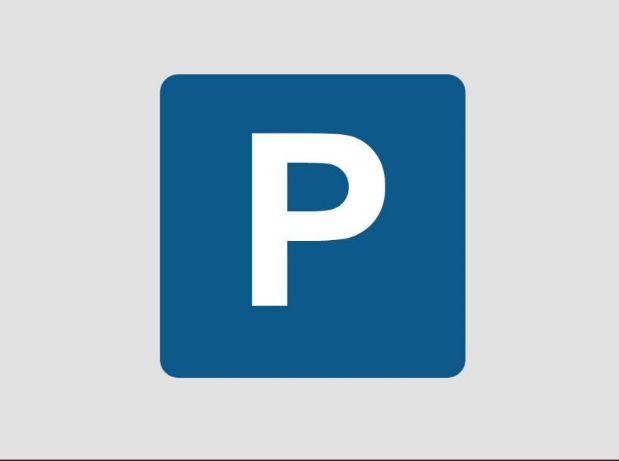 Parking en alquiler en Benalmádena, Málaga, Calle Don Quijote, 80 €, 18 m2