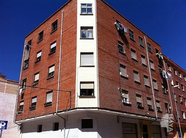 Piso en venta en Allende, Miranda de Ebro, Burgos, Calle de la Conchas, 51.600 €, 3 habitaciones, 1 baño, 90 m2