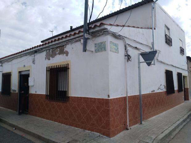 Casa en venta en Tomelloso, Ciudad Real, Calle Federico Garcia Lorca, 25.000 €, 240 m2