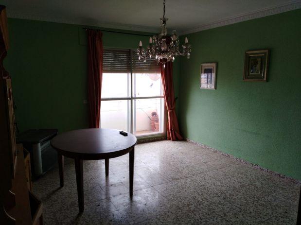 Piso en venta en Manzanares, Ciudad Real, Calle Blas Tello, 36.000 €, 2 habitaciones, 1 baño, 91 m2