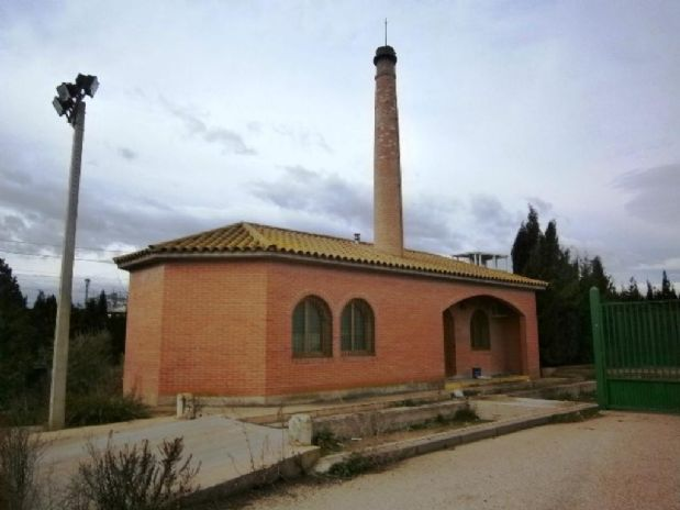 Industrial en venta en Zaragoza, Zaragoza, Barrio Estacion Casetas, 503.200 €, 2900 m2