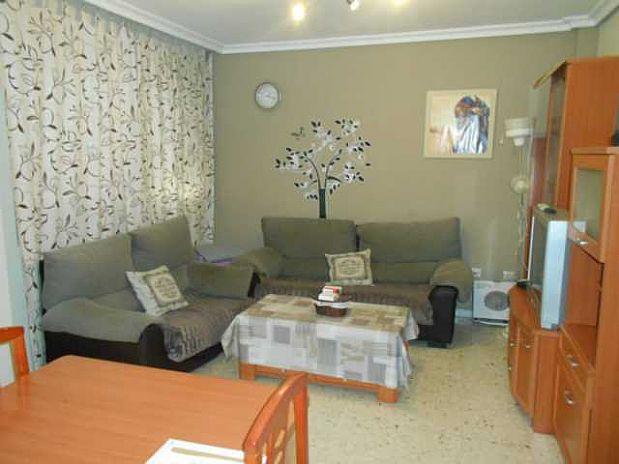 Piso en venta en Cáceres, Cáceres, Avenida Cristu Benditu, 79.000 €, 3 habitaciones, 1 baño, 87 m2