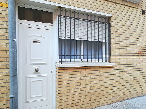Piso en venta en Torredembarra, Tarragona, Calle Rosali Rovira, 78.000 €, 2 habitaciones, 1 baño, 71 m2