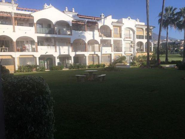 Piso en venta en Mijas, Málaga, Calle Coin, 152.250 €, 2 habitaciones, 1 baño, 74 m2