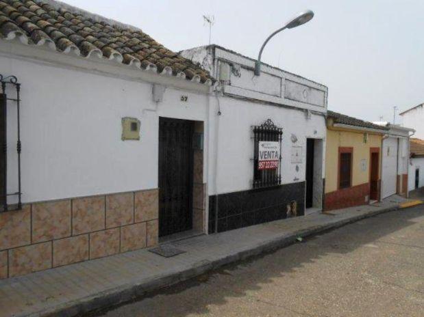 Casa en venta en Fuente Palmera, Córdoba, Calle Nueva, 53.950 €, 3 habitaciones, 1 baño, 121 m2