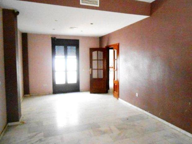 Casa en venta en Guadalcázar, Córdoba, Calle Eduardo Cadenas, 122.500 €, 4 habitaciones, 3 baños, 165,4 m2