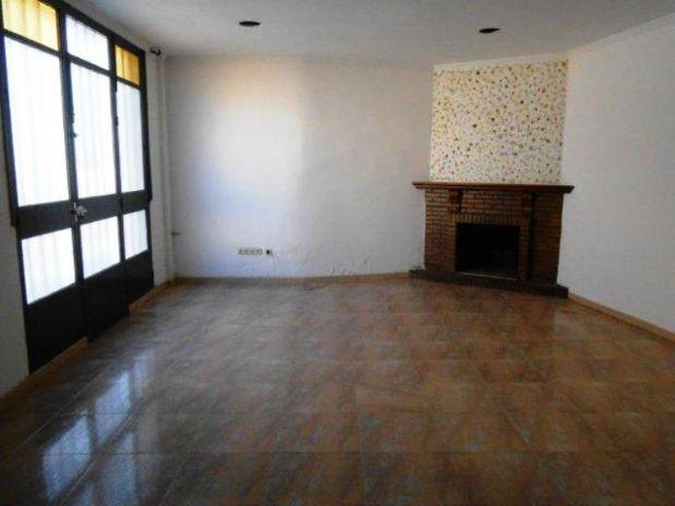 Casa en venta en Moriles, Córdoba, Calle El Niño, 100.200 €, 4 habitaciones, 3 baños, 320,8 m2