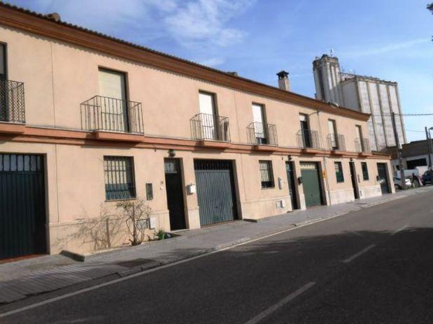 Casa en venta en Guadalcázar, Córdoba, Calle Ronda Escobar, 111.000 €, 3 habitaciones, 3 baños, 124 m2