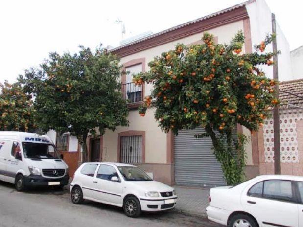 Casa en venta en Córdoba, Córdoba, Calle Arrabal del Mediodia, 121.000 €, 3 habitaciones, 2 baños, 161 m2