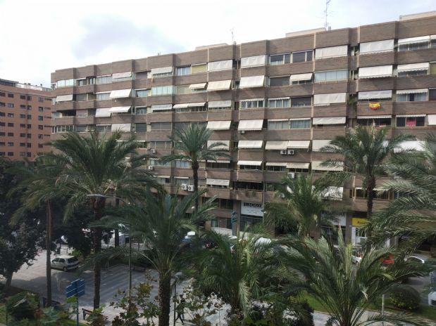 Piso en venta en Alicante/alacant, Alicante, Calle Oscar Espla, 280.000 €, 4 habitaciones, 3 baños, 125,69 m2