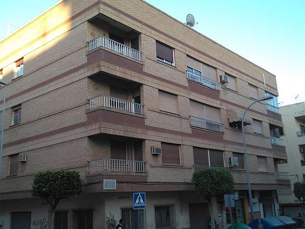 Piso en venta en El Ejido, Almería, Calle Cervantes, 62.000 €, 4 habitaciones, 2 baños, 136,45 m2